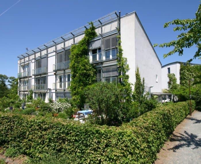 Kranichstein Passivhaus 2 main 700x570 1